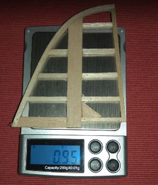 Fin after gluening. Without grinding. Rough weight: 0,95gr/0,034oz